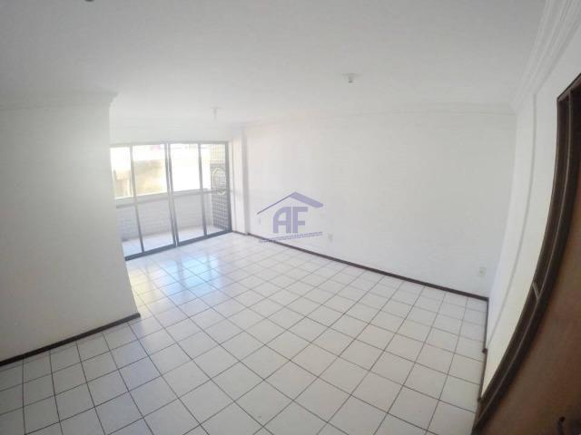 Apartamento com 2 quartos sendo 1 suíte - Edifício Porto Banus - Jatiúca