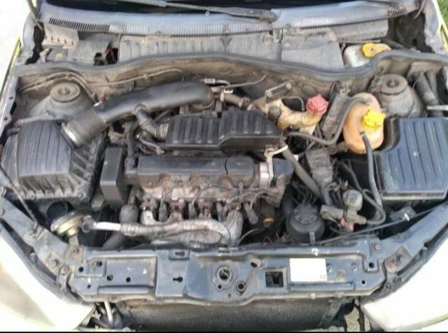 Corsa Sedã 11/12 com GNV de 16 motor 1.4 - Foto 5