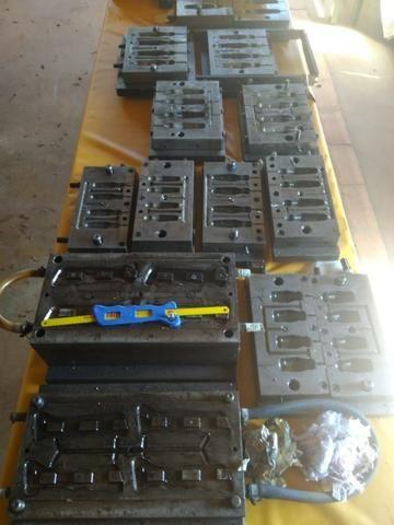 Moldes para injeção de cabos de ferramentas - Foto 4