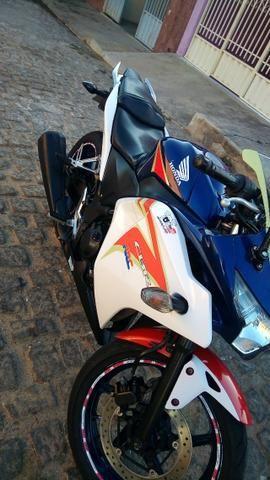 Honda CBR250r Tricolor - Foto 8