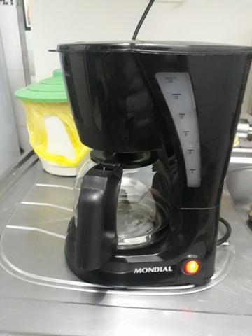Vendo cafeteira 25 reais