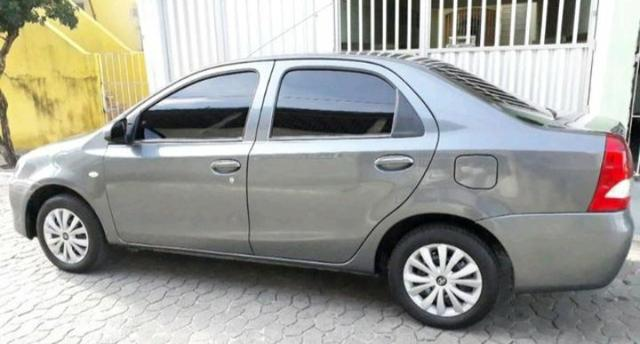 Toyota Etios Sedan 1.5X 14/15 Completo c/ GNV G5 - Foto 8