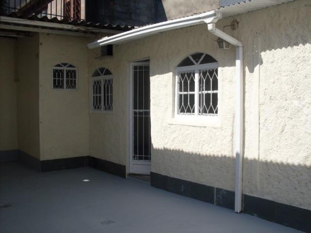 Aproveite!!! 2 casas com terreno, no melhor local da Vila da Penha - Foto 8