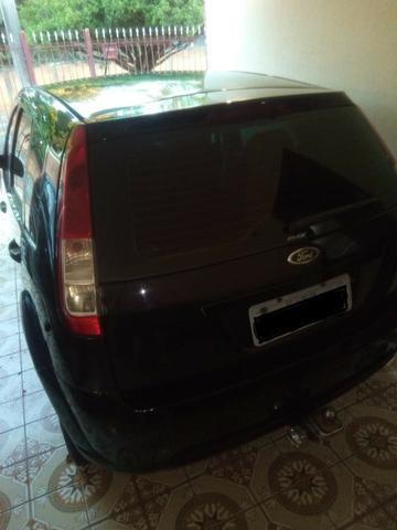 Ford Fiesta 2009 - Foto 2