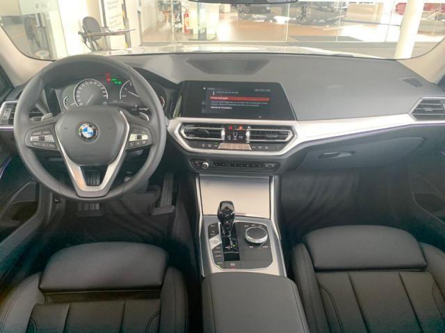 BMW 330I 2.0 16V TURBO GASOLINA M SPORT AUTOMÁTICO - Foto 4
