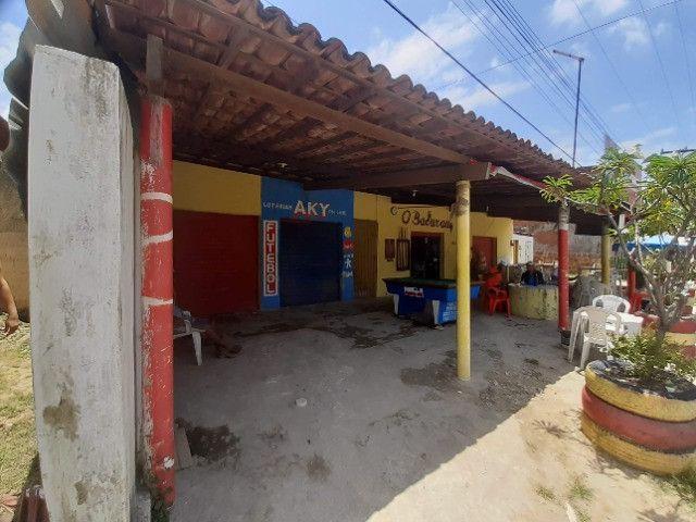 Casa com piscina e com pontos comerciais e 9 kitinetes na avenida em Itamaracá - Foto 2