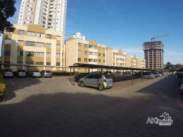 Apartamento com 3 dormitórios para alugar, 64 m² por R$ 900,00/mês - Zona 08 - Maringá/PR - Foto 18