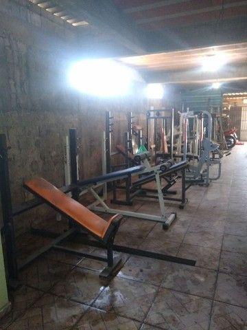Diversos equipamentos de musculação !!!