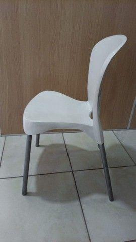 Cadeira Com Pés De Aço Montes Claros Antares Recepção - Foto 2