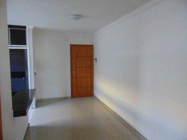 Lindo apto 2 quartos em ótima localização no B. Rio Branco - Foto 2