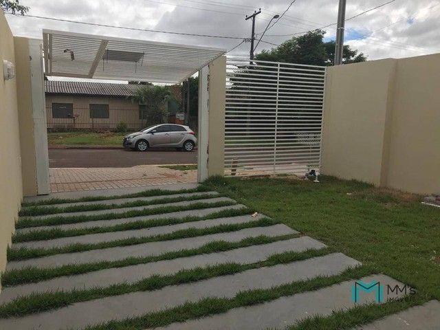 Casa frente pra rua com 1 suíte e 1 quarto no Jardim Esplanada (14 de Novembro), Cascavel-