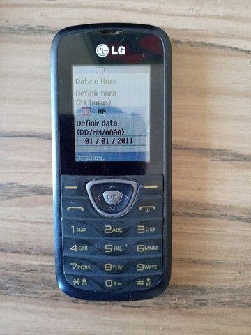 Vendo celulares funcionando. - Foto 2