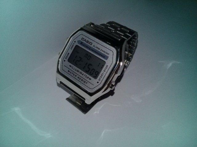 Relógio Casio-illuminator-prata-unissex-promocional