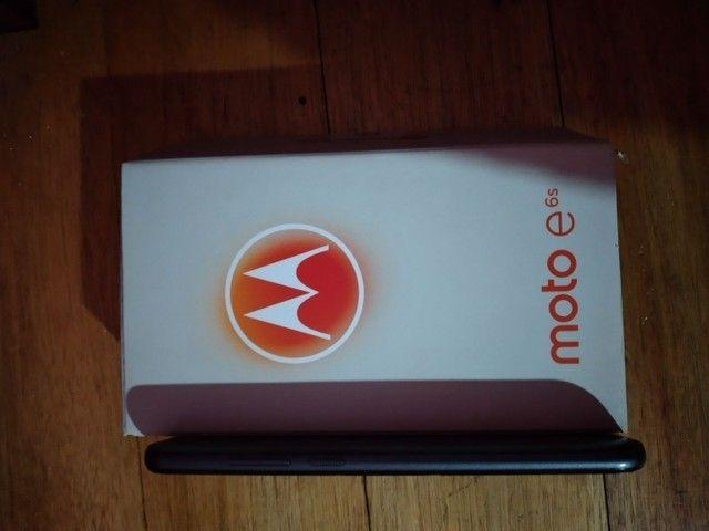 Celular MotoE 6s semi novo  - Foto 5