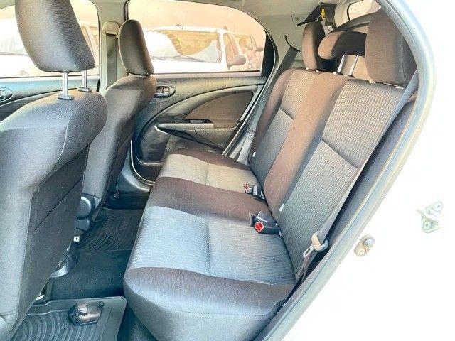 Etios Hatch 1.5 Xs  - Foto 9