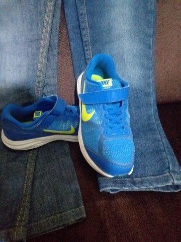 Calça jeans infantil + tênis  - Foto 4