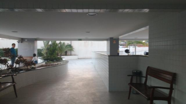 D573 Excelente Apartamento no Farol