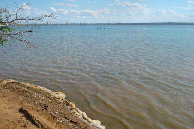 Chacara beira lago