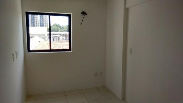 Apartamento 2/4 no Farol