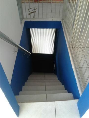 Vendo Ótima Casa 3/4 - 2o andar c/Cobertura - Foto 3