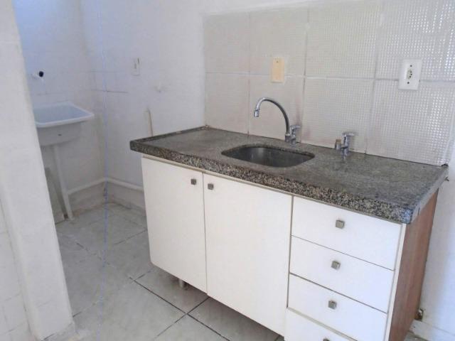 Apartamento na Av. Dep. Paulino Rocha - Foto 17