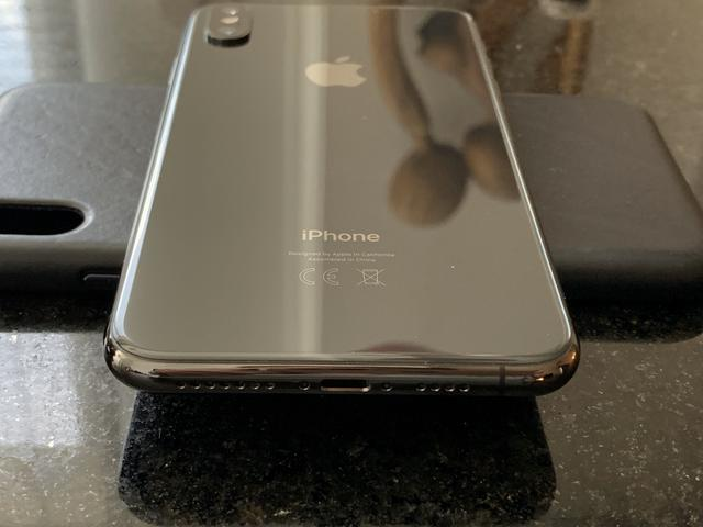 IPHONE XS MAX 256 cinza em perfeito estado - Foto 4