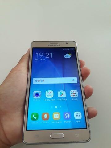 Samsung Galaxy ON 7 tela de 5.5 polegadas