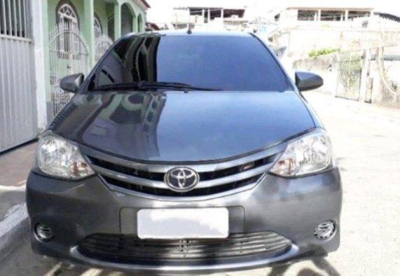 Toyota Etios Sedan 1.5X 14/15 Completo c/ GNV G5