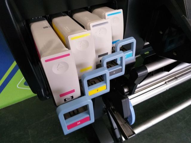 Plotter HP Latex L26500 impressora Lona e Adesivo - Foto 2