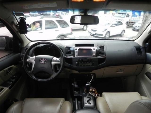 Toyota Hilux sw4 srv 4x4 4P - Foto 6