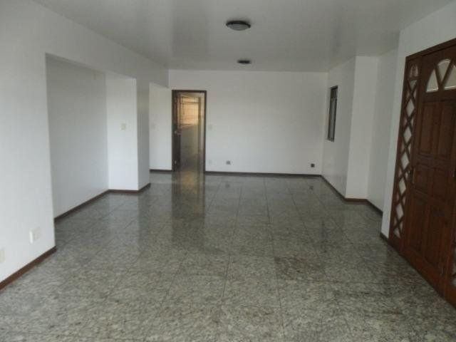 Apartamento com 03 quartos em Viçosa MG - Foto 12
