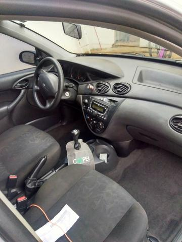 Ford Focus hatch 2009 - Foto 2