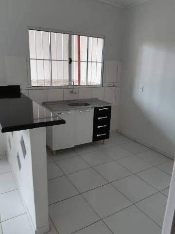 Aluga-se apartamento para solteiro - Foto 6