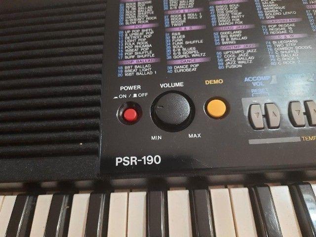 Teclado Yamaha PSR-190 - Foto 2