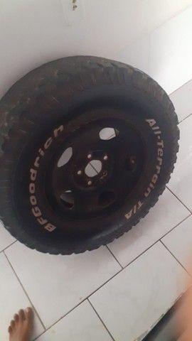 Roda completa com pneu meia vinda melhor marca!