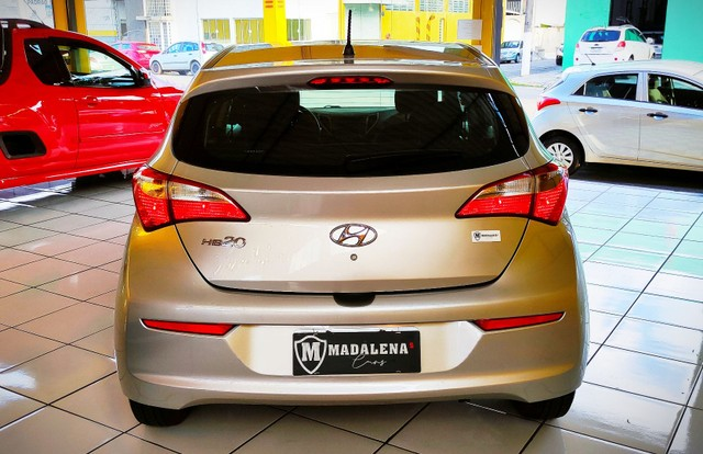Impecável Hyundai HB20 1.0 completo e com 1 ano de garantia - Foto 4