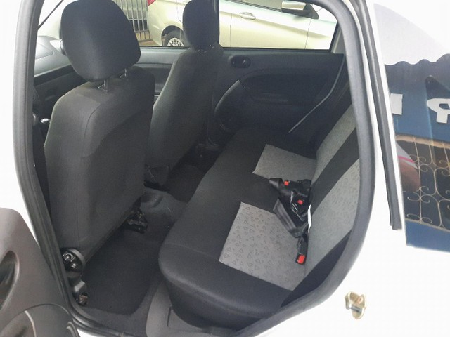 Fiesta sedan 1.6 10/11 - Foto 6
