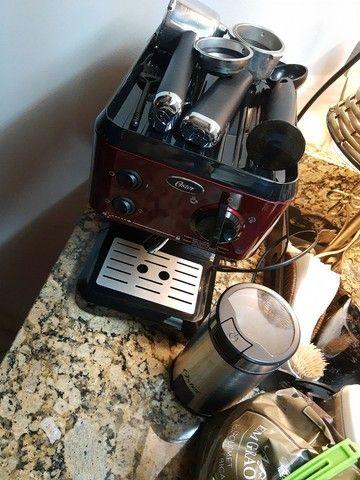 Cafeteira e moedor oster praticamente sem uso  - Foto 4