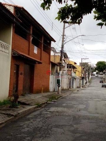 Casa assobradada, terreno 10x30m, 03 vagas, 04 dormitórios, suíte, à venda, 195 m² por R$  - Foto 2