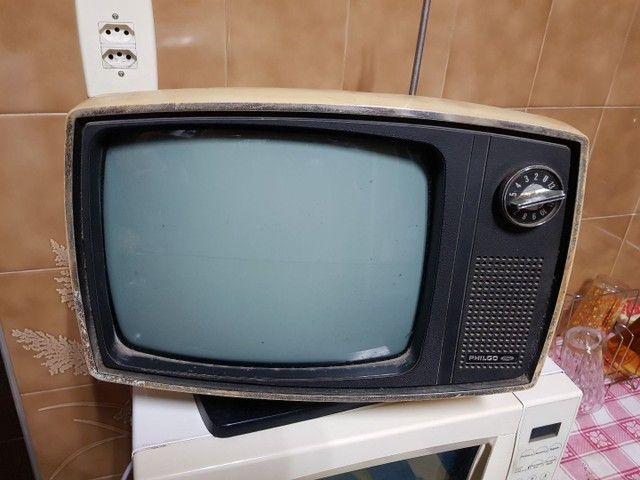 Televisão antiga Philco Ford