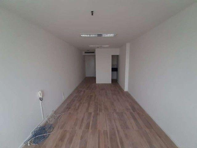 Sala Comercial 29m² para alugar Avenida Nelson Cardoso,Taquara, Rio de Janeiro - R$ 500 - Foto 9