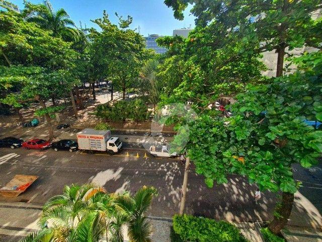 Copacabana neo-clássico. 3 quartos e home-office no melhor ponto do bairro por 1.3Mi. Impe - Foto 16