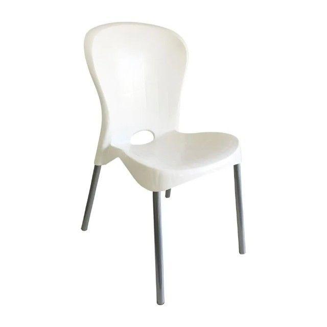 Cadeira Com Pés De Aço Montes Claros Antares Recepção