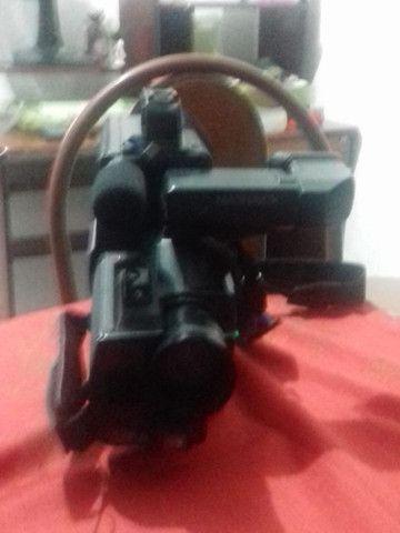 Filmadora MAGNAVOX HQ VHS CCD - Foto 3