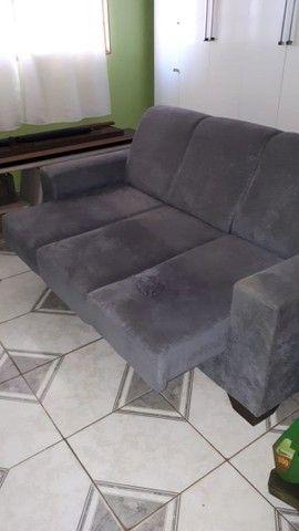 Sofá usado porém novo bem conservado  - Foto 3