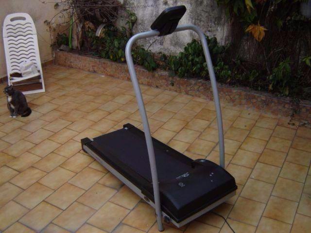 Esteira Caloi Fitness 110v 100kg a mais inteira destas todas retirar no centro de Poa-rs