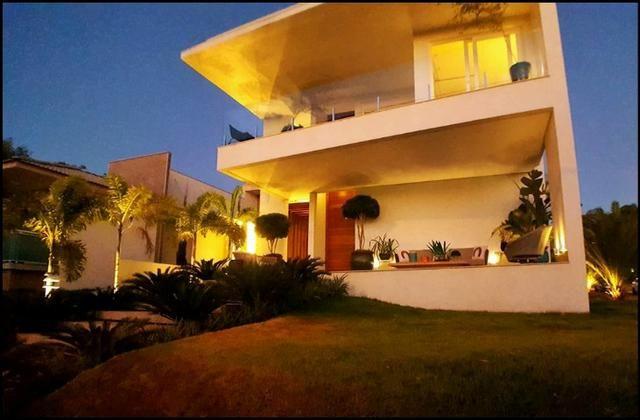 Sobrado 3 Suítes c/ closet, 490 m² mobiliado no Condomínio Mirante do Lago