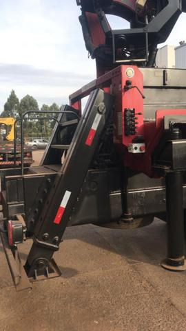Caminhão Munck Traseiro 70 ton,Giro infinito - Foto 5
