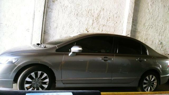 Honda civic automatico com parcelas (Leia o texto) - Foto 2