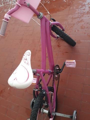 Bicicleta infantil menina - Foto 2